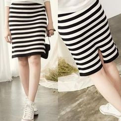 CatWorld - Striped Pencil Skirt