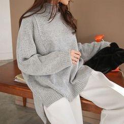 PPGIRL - Turtle-Neck Dip-Back Knit Top