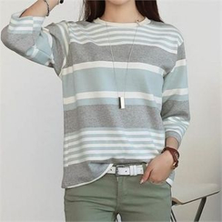 CHICFOX - 3/4-Sleeve Stripe T-Shirt