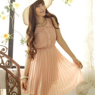 Tokyo Fashion - Scallop-Trim Pleated Dress