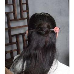 White Lotus - Flower Hair Pin