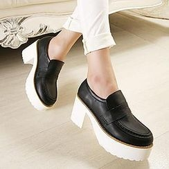 Mancienne - Faux-Leather Chunky Heel  Loafers