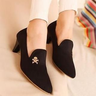 Mancienne - Skull-Accent Kitten-Heels