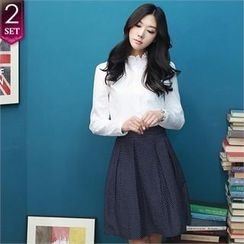 Romantic Factory - Set: Frilled-Neckline Cotton Blouse + Dotted Pleated A-Line Skirt