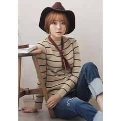 GOROKE - Boat-Neck Stripe Knit Top