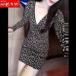 Silkfold - Long-Sleeve V-neck Sheath Dress