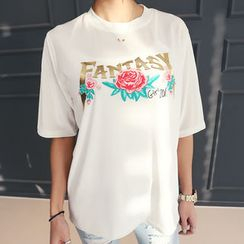 DANI LOVE - Elbow-Sleeve Lettering Velvet T-Shirt