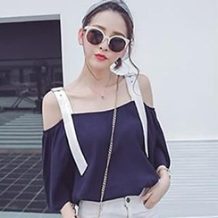 Champi - Buckle Strap 3/4 Sleeve Off Shoulder Top