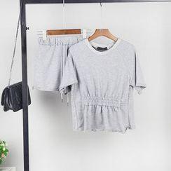 AIGIL - Set: Short-Sleeve Tie Waist T-Shirt + Shorts