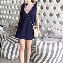 Athena - Sleeveless Bow-Accent V-Neck Denim Dress