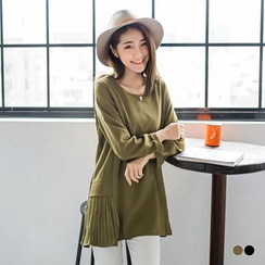 OrangeBear - 素色缀珍珠造型侧襬百褶压纹设计反折袖长版上衣