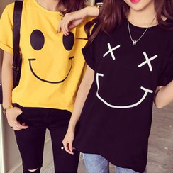 Whitney's Shop - Smiley Face Short-Sleeve T-shirt