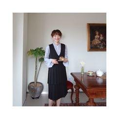 LEELIN - V-Neck Sleeveless Pleated Layered Dress