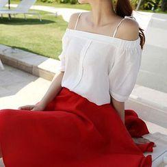 Queen Bee - 套装: 露肩衬衫 + A字裙