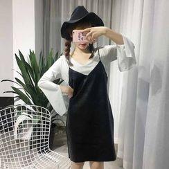 Rollis - 套裝: V領開衩長袖T恤 + 幼肩帶連衣裙