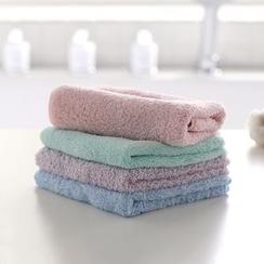Lazy Corner - Face Towel