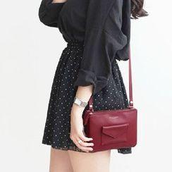 Hagodate - Pocketed Shoulder Bag