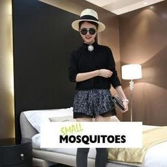 Small Mosquitoes - Brooch Pleated Chiffon Blouse