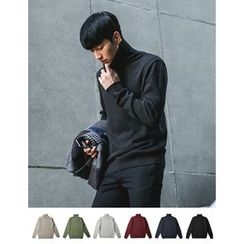 STYLEMAN - Turtle-Neck Plain Knit Top