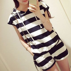 Shimi - 套裝: 條紋連帽短袖T恤 + 條紋短褲