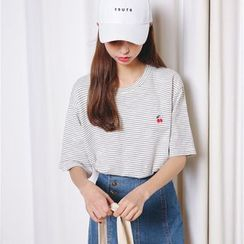Porta - Embroidered Stripe Elbow-Sleeve T-shirt