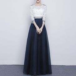 Luxury Style - Beaded 3/4 Sleeve Evening Dress
