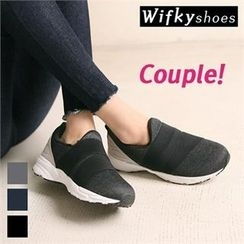 Wifky - Banded Slip-Ons