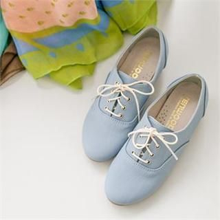 Styleberry - Lace-Up Oxford Flats