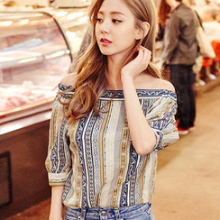 chuu - Off-Shoulder Puff-Sleeve Patterned Top