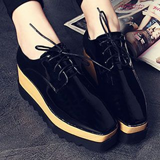 Siya - Lace-Up Platform Patent Shoes