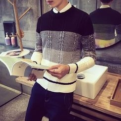 T for TOP - Color-Block Sweater