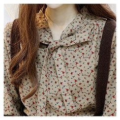Sechuna - Tie-Front Floral-Patterned Top