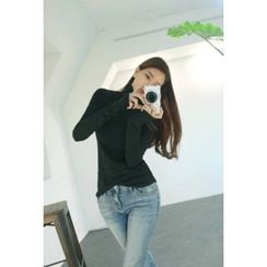 ATTYSTORY - Turtle-Neck Long-Sleeve Top