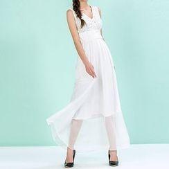草莓花朵 - V领无袖雪纺连衣裙