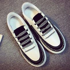 SouthBay Shoes - Color Panel Platform Lace Up Shoes