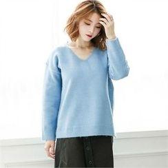 GLAM12 - Wool-Blend V-Neck Sweater