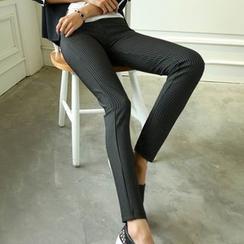 Munhome - Elastic Skinny Pants