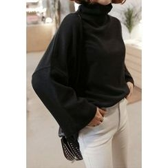 Miamasvin - Turtle-Neck Dolman-Sleeve Top
