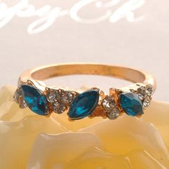 Fit-to-Kill - Flashy Diamond Ring