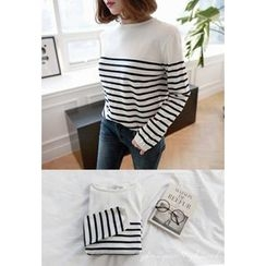 Miamasvin - Round-Neck Striped Knit Top