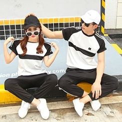 Azure - Couple Matching Set: Contrast Trim Short Sleeve T-Shirt + Cropped Sweat Pants