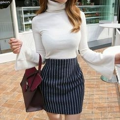 DABAGIRL - Stripe Mini Pencil Skirt