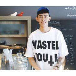 Mr. Cai - Short-Sleeve Lettering T-Shirt