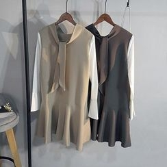 Glovon - Color Panel Long Sleeve Dress