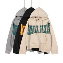 Momewear - Long-Sleeve Lettering Hooded Top