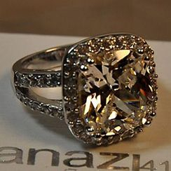 Nanazi Jewelry - Crystal Ring