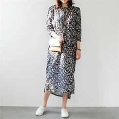 YOOM - Patterned 3/4-Sleeve Long Dress