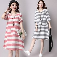 Shinbell - Striped Shift Dress