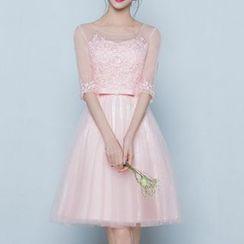 名貴風格 - 蕾絲邊禮服裙