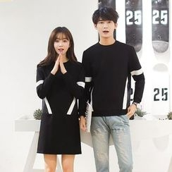 Azure - Couple Matching Color Panel Pullover / Pullover Dress